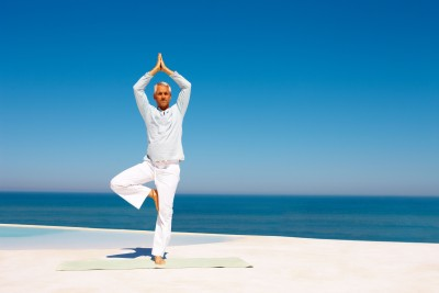 5 Reasons why Senior Citizens should do Yoga