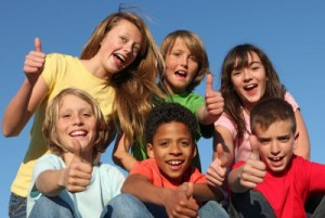 picture of kids thumbs up