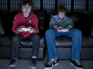 picture of kids playing computer games