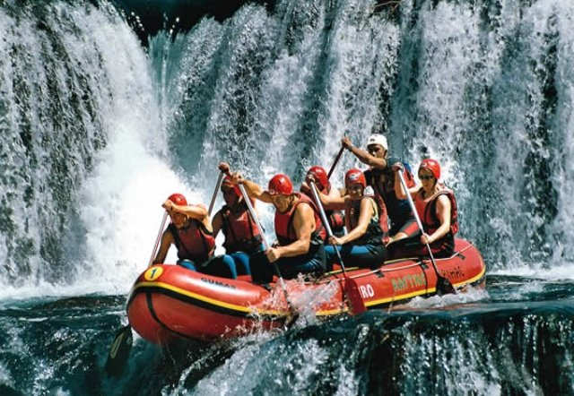 Rafting – A Great Exercise Experience